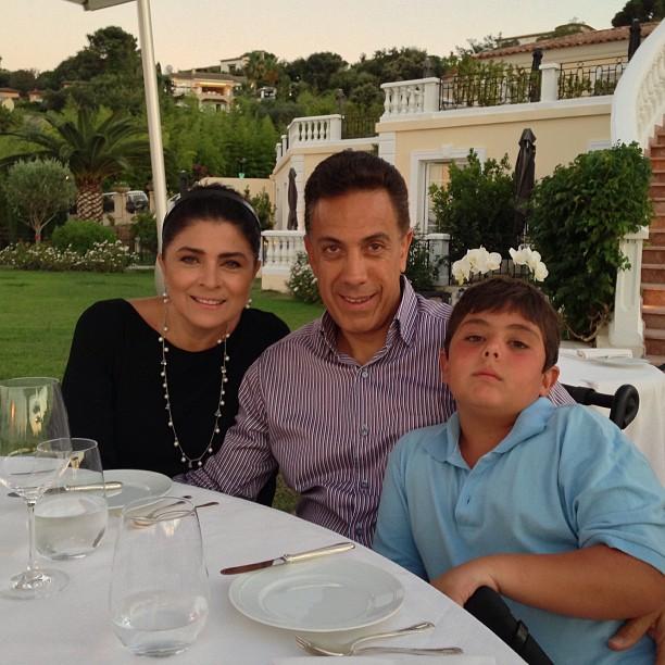 Виктория Руффо в мужем и сыном