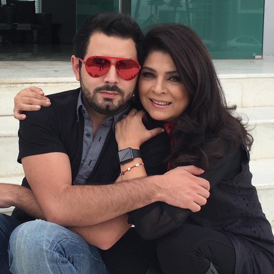 Виктория Руффо с сыном Хосе Эдуардо