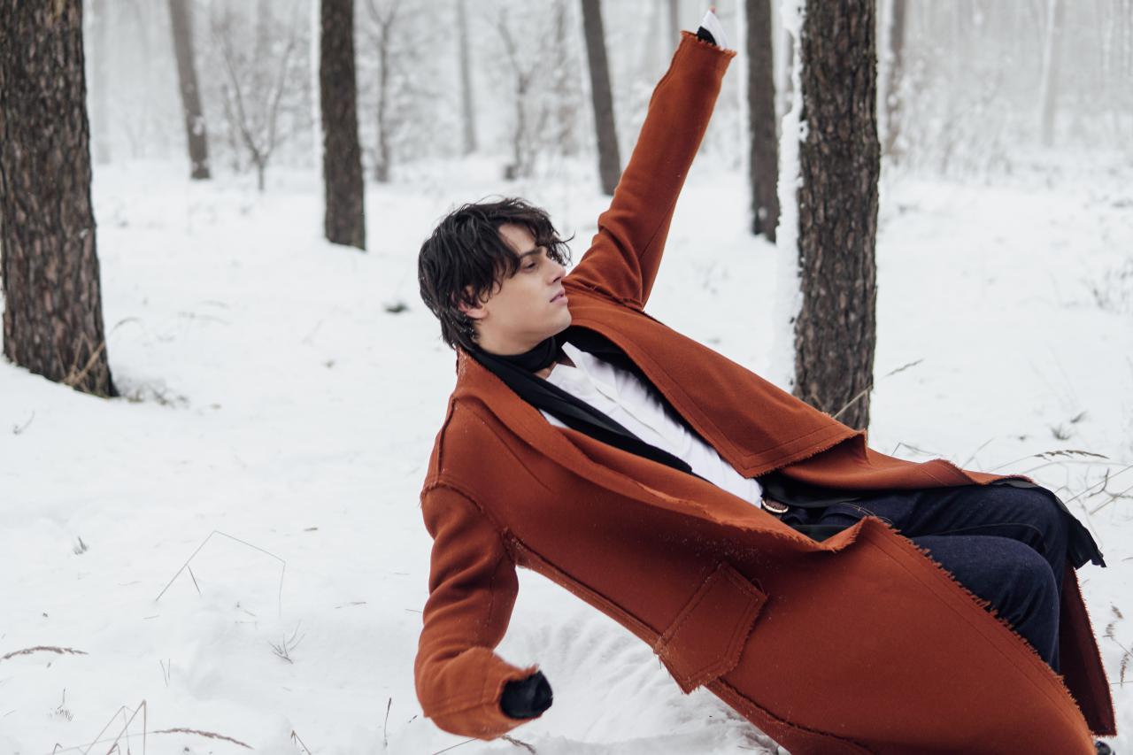 ALEKSEEV представил автобиографический клип на песню «Как ты там»