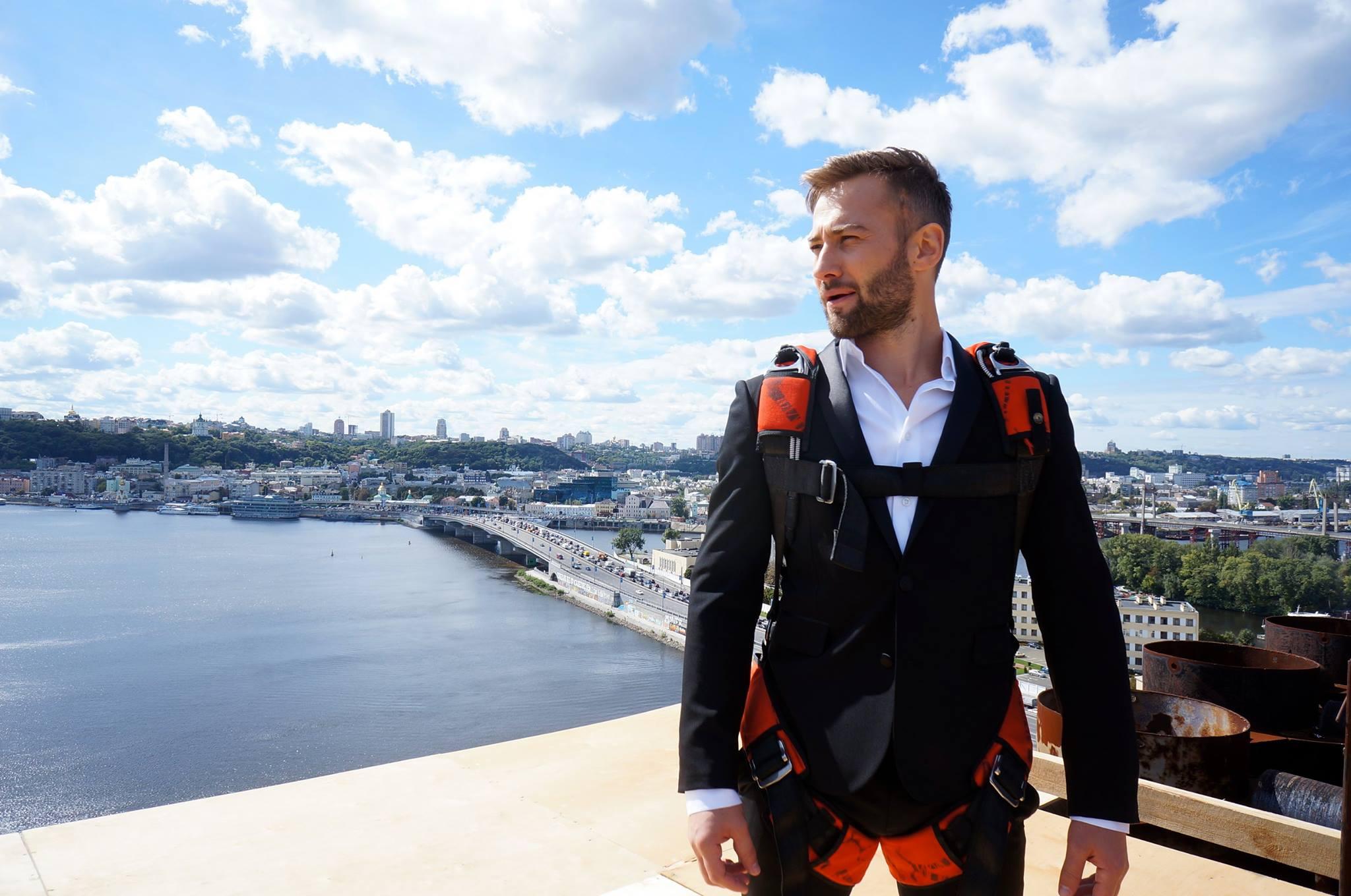 Дмитрий Шепелев собрался жениться на дизайнере — скромно и без шума