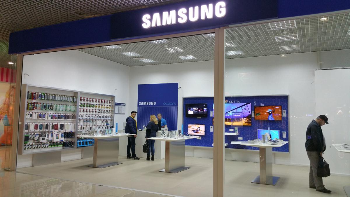 От телевизоров – к рубашкам: компания Samsung решила создать новый бренд